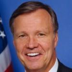 "Cox: SEC's Calmness in Financial Crisis a ""Signal Achievement"""