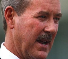How Allen Stanford's SEC Connections Enabled His $7 Billion Ponzi-Scheme